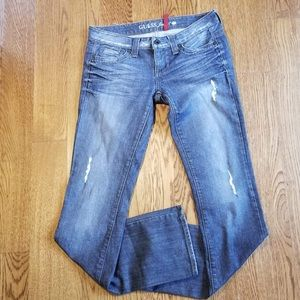 Guess women's straight legs jeans